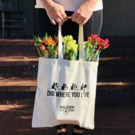 Tote+Bag+-+Dig+where+you+live
